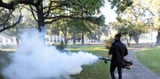 Fumigación para combatir al dengue